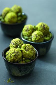 Truffes vertes aux pistaches