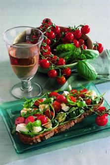 Bruschetta à la tomate et aux bocconcini