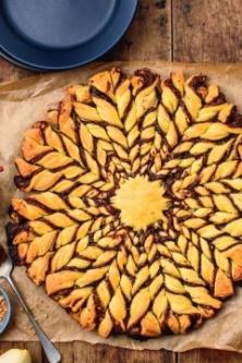 Recette tarte soleil nutella pralin et poire larousse cuisine - Pate feuilletee nutella soleil ...