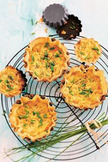 Tartelettes de brick à la tomate et moutarde