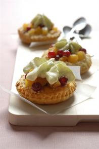 Tartelettes aux fruits & chantilly à la pistache