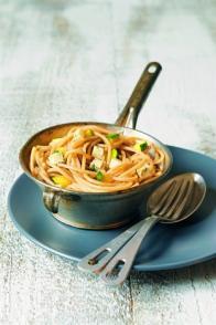 Spaghettis complets au bleu et aux courgettes