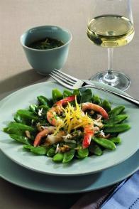 Crevettes et pois gourmands en salade