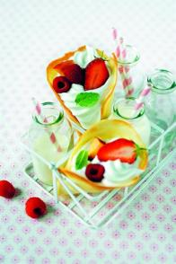 Cornets de fruits à la chantilly