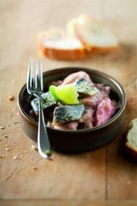 Sardines crues marinées au tarama et au citron vert