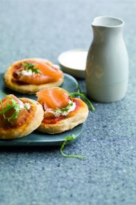 Mini-pizzas au saumon fumé