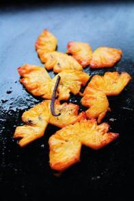 Ananas poêlés au beurre de vanille