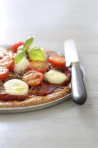 Pizza légère au bœuf et aux tomates cerises