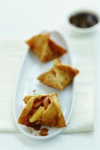 Raviolis frits de crevettes à l'ananas