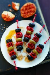 Banderillas d'olives et poivrons grillés au pimenton