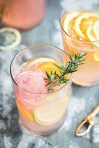 Floats zeste agrumes, fraises et Grand Marnier®