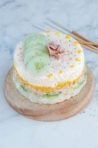Sushi cake express au thon