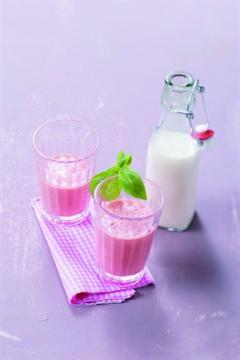 Milk-shake fraise-basilic