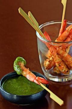 Crevettes grillées au pesto de coriandre