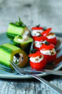 Tomates cerises et concombres farcis