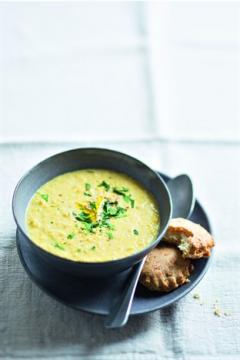 Soupe au maïs et scones au fromage