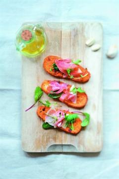 Pain perdu à l'ail et à la tomate
