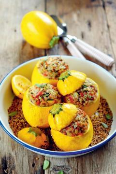 Courgettes farcies quinoa et légumes du soleil