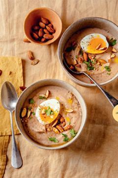 Crème panais-marrons et œuf mollet