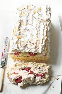Gâteau à la noix de coco et aux framboises