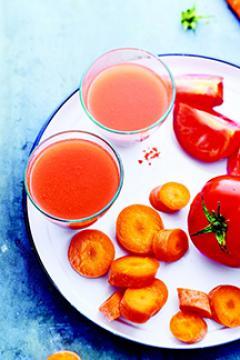 Jus de tomates et carottes