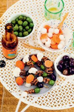 Pinchos olives et anchois