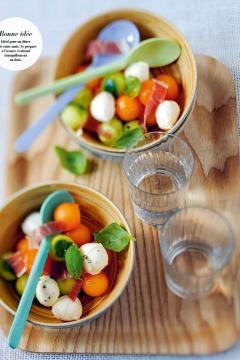 Salade de melon à la mozzarella et au jambon cru