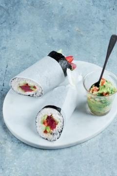 Sushis burritos au thon
