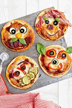 MINI-pizzas bonhommes